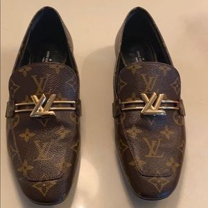 Louis Vuitton monogram loafer size 40
